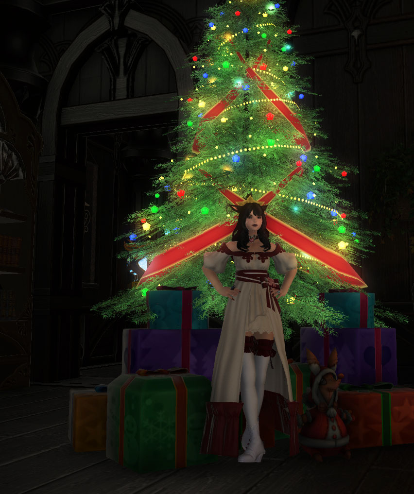Kitt Kuro Blog Entry Christmas Glam Final Fantasy Xiv The Lodestone Lights On A T Question Is To Hat Or Not